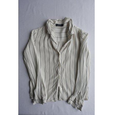 Bershka, Stripead vit skjorta strl. XS